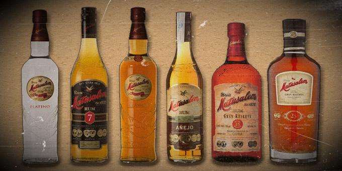 Las 7 botellas que conforman la gama de rones matusalem
