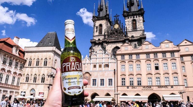 Cerveza checa Praga Premium Pils