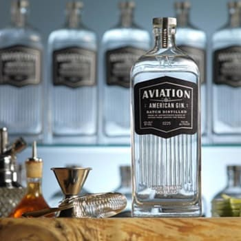 Aviation American Gin en Bodecall