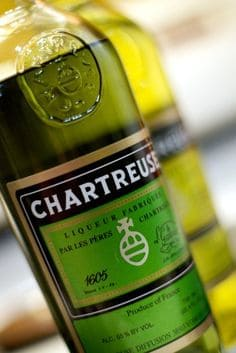 Chartreuse Verde in Bodecall